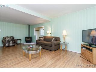 Photo 3: 52 2911 Sooke Lake Rd in VICTORIA: La Goldstream Manufactured Home for sale (Langford)  : MLS®# 760247