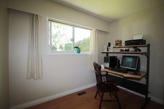 """Photo 10: 21644 44A Avenue in Langley: Murrayville House for sale in """"Murrayville"""" : MLS®# R2182723"""