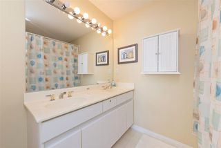 Photo 10: 405 2960 PRINCESS Crescent in Coquitlam: Canyon Springs Condo for sale : MLS®# R2183686