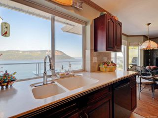 Photo 11: 3653 Summit Pl in COBBLE HILL: ML Cobble Hill House for sale (Malahat & Area)  : MLS®# 771972