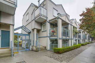 """Photo 2: 207 643 W 7TH Avenue in Vancouver: Fairview VW Condo for sale in """"The Courtyards"""" (Vancouver West)  : MLS®# R2216272"""