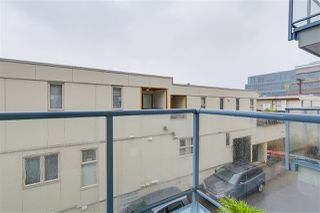 """Photo 13: 207 643 W 7TH Avenue in Vancouver: Fairview VW Condo for sale in """"The Courtyards"""" (Vancouver West)  : MLS®# R2216272"""
