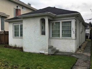 Photo 1: 2748 W 22ND Avenue in Vancouver: Arbutus House for sale (Vancouver West)  : MLS®# R2236439
