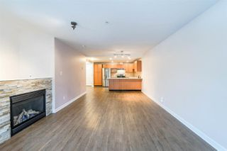 """Photo 3: A202 2099 LOUGHEED Highway in Port Coquitlam: Glenwood PQ Condo for sale in """"SHAUGHNESSY SQUARE"""" : MLS®# R2243170"""