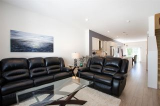 """Photo 4: 72 7686 209 Street in Langley: Willoughby Heights Townhouse for sale in """"KEATON"""" : MLS®# R2270555"""