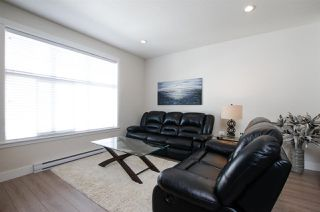"""Photo 5: 72 7686 209 Street in Langley: Willoughby Heights Townhouse for sale in """"KEATON"""" : MLS®# R2270555"""