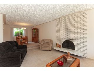 Photo 6: 8861 156A Street in Surrey: Fleetwood Tynehead House for sale : MLS®# R2281501