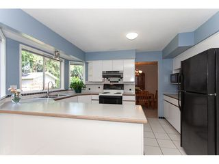 Photo 11: 8861 156A Street in Surrey: Fleetwood Tynehead House for sale : MLS®# R2281501