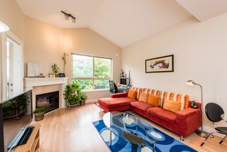 "Photo 9: 308 3895 SANDELL Street in Burnaby: Central Park BS Condo for sale in ""Clarke House Central Park"" (Burnaby South)  : MLS®# R2287326"