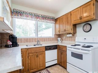 Photo 3: 114 Lindsay Drive in Saskatoon: Greystone Heights Residential for sale : MLS®# SK740220