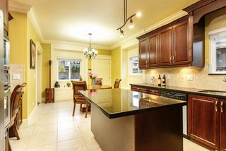 Photo 8: 6806 DUNNEDIN Street in Burnaby: Sperling-Duthie House 1/2 Duplex for sale (Burnaby North)  : MLS®# R2304415