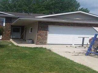 Main Photo: 3512 33 Avenue in Edmonton: Zone 29 House for sale : MLS®# E4133028
