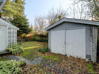 Photo 13: 75 Regina Avenue in VICTORIA: SW Gateway Single Family Detached for sale (Saanich West)  : MLS®# 401602