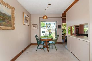 Photo 4: 2905 W 45TH Avenue in Vancouver: Kerrisdale House for sale (Vancouver West)  : MLS®# R2329550