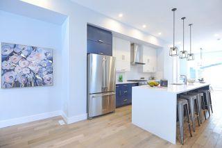 Photo 5: 10934 129 Street NW in Edmonton: Zone 07 House for sale : MLS®# E4143797