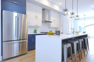Photo 6: 10934 129 Street NW in Edmonton: Zone 07 House for sale : MLS®# E4143797