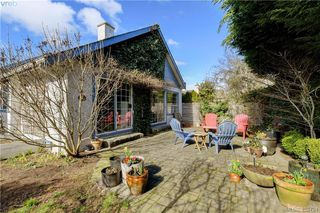 Photo 4: 1017 Scottswood Lane in VICTORIA: SE Broadmead Single Family Detached for sale (Saanich East)  : MLS®# 806228