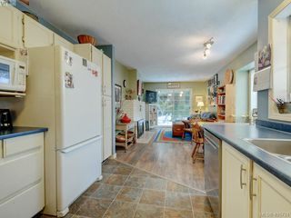 Photo 12: 1017 Scottswood Lane in VICTORIA: SE Broadmead Single Family Detached for sale (Saanich East)  : MLS®# 806228