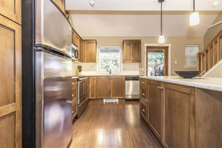 """Photo 10: 43593 FROGS Hollow in Cultus Lake: Lindell Beach House for sale in """"THE COTTAGES AT CULTUS LAKE"""" : MLS®# R2344218"""