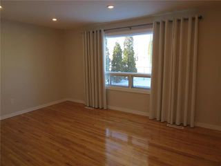 Photo 2: 1566 Magnus Avenue in Winnipeg: Shaughnessy Heights Residential for sale (4B)  : MLS®# 1905670