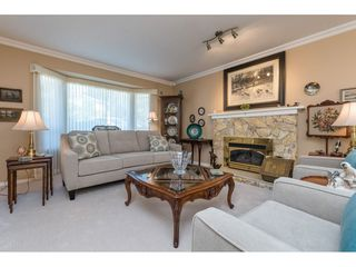 "Photo 5: 15560 VISTA Drive: White Rock House for sale in ""Vista Hills"" (South Surrey White Rock)  : MLS®# R2354423"
