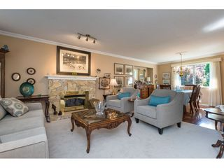 "Photo 4: 15560 VISTA Drive: White Rock House for sale in ""Vista Hills"" (South Surrey White Rock)  : MLS®# R2354423"