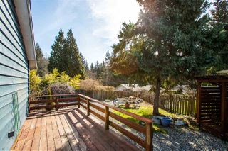 Photo 15: 1210 CAROL Place in Gibsons: Gibsons & Area House for sale (Sunshine Coast)  : MLS®# R2354899