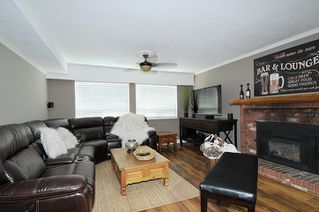 Photo 3: 1268 TAMARACK Place in Port Coquitlam: Birchland Manor House for sale : MLS®# R2355492