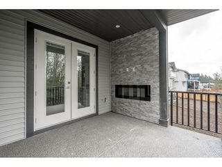 Photo 2: 4435 EMILY CARR Place in Abbotsford: Abbotsford East House for sale : MLS®# R2358746