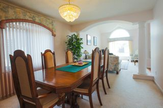 Photo 5: 1052 JAMES Crescent NW in Edmonton: Zone 29 House for sale : MLS®# E4155362