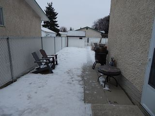 Photo 24: 1674 Rothesay Street in Winnipeg: North Kildonan House for sale ()  : MLS®# 1801741