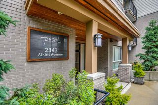 """Photo 2: 301 2343 ATKINS Avenue in Port Coquitlam: Central Pt Coquitlam Condo for sale in """"PEARL"""" : MLS®# R2372122"""
