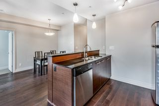 """Photo 6: 301 2343 ATKINS Avenue in Port Coquitlam: Central Pt Coquitlam Condo for sale in """"PEARL"""" : MLS®# R2372122"""