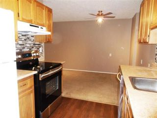 Photo 1: 120 3610 43 Avenue in Edmonton: Zone 29 Condo for sale : MLS®# E4159729