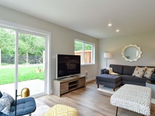 Photo 9: A 336 Petersen Rd in CAMPBELL RIVER: CR Campbell River West Row/Townhouse for sale (Campbell River)  : MLS®# 816324
