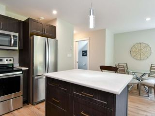Photo 5: A 336 Petersen Rd in CAMPBELL RIVER: CR Campbell River West Row/Townhouse for sale (Campbell River)  : MLS®# 816324