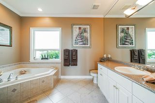 "Photo 13: 35647 TERRAVISTA Place in Abbotsford: Abbotsford East House for sale in ""The Highlands"" : MLS®# R2380299"