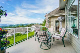 "Photo 9: 35647 TERRAVISTA Place in Abbotsford: Abbotsford East House for sale in ""The Highlands"" : MLS®# R2380299"