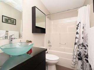 Photo 15: 2 2310 Wark St in VICTORIA: Vi Central Park Row/Townhouse for sale (Victoria)  : MLS®# 822852