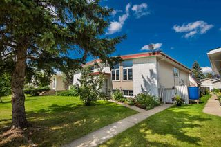 Photo 2: 11426 41 Avenue in Edmonton: Zone 16 House Half Duplex for sale : MLS®# E4170706