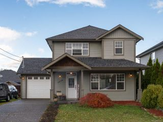 Photo 2: 2894 Ulverston Ave in CUMBERLAND: CV Cumberland House for sale (Comox Valley)  : MLS®# 827451