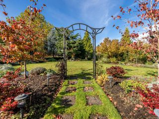 Photo 13: 3240 Majestic Dr in COURTENAY: CV Crown Isle House for sale (Comox Valley)  : MLS®# 827726