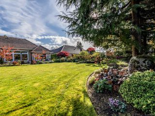 Photo 8: 3240 Majestic Dr in COURTENAY: CV Crown Isle House for sale (Comox Valley)  : MLS®# 827726