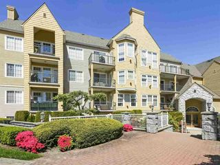 "Photo 2: 301 5555 13A Avenue in Delta: Cliff Drive Condo for sale in ""WINDSOR WOODS - THE CAMPTON"" (Tsawwassen)  : MLS®# R2418414"