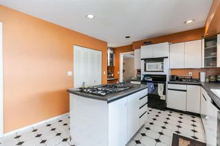 Photo 5: 127 HENDRY Place in New Westminster: Queensborough House for sale : MLS®# R2421340