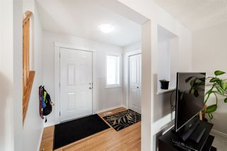 Photo 3: 4727 152 Avenue in Edmonton: Zone 02 House for sale : MLS®# E4187260