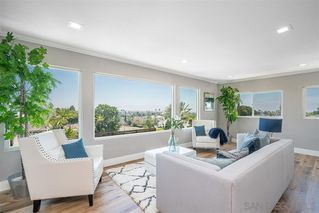 Photo 7: PACIFIC BEACH House for sale : 4 bedrooms : 1624 Beryl Street in San Diego