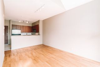 """Photo 8: 509 14 E ROYAL Avenue in New Westminster: Fraserview NW Condo for sale in """"Victoria Hill"""" : MLS®# R2472511"""