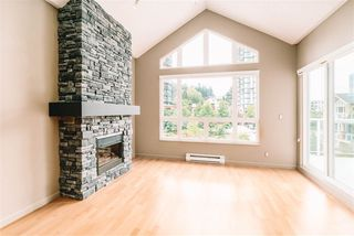 """Photo 2: 509 14 E ROYAL Avenue in New Westminster: Fraserview NW Condo for sale in """"Victoria Hill"""" : MLS®# R2472511"""