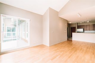 """Photo 14: 509 14 E ROYAL Avenue in New Westminster: Fraserview NW Condo for sale in """"Victoria Hill"""" : MLS®# R2472511"""